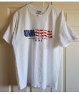 T-Shirt 2001 Universal An American Classic USA Flag Design White Large - $7.99