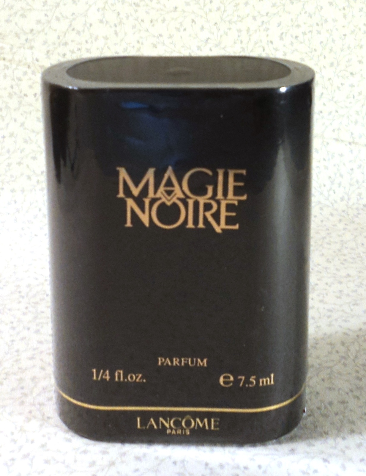 Primary image for Lancome Magie Noire Parfum - 1/4 oz. - Sealed