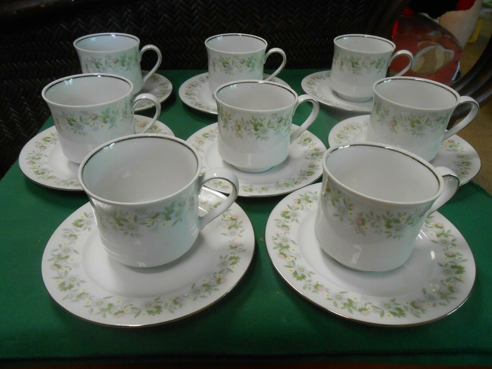 Primary image for Beautiful JOHANN HAVILAND Bavaria Germany Set of 8 CUPS & SAUCERS