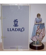 STUNNING LIMITED EDITION LLADRO PORCELAIN #6520 FOURTH OF JULY FIGURINE IN BOX - $705.59