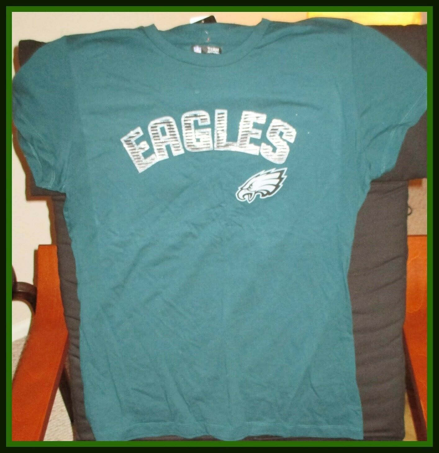 Primary image for Philadelphia Eagles NFL Apparel  Women's Green Shirt-X-Large