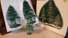 Dept 56 General Village Accessory Trees 2002 Acrylic Green Glitter Trees 53032 - $18.00