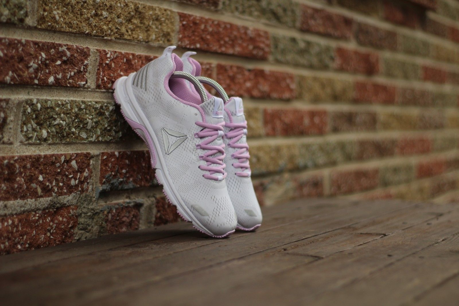 77038814da54 Reebok Women s Size 9 Ahary Runner Shoes and 50 similar items. 57