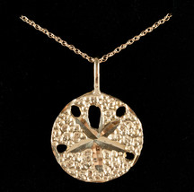 """14k Yellow Gold Sand Dollar Pendant Necklace W/ 18"""" Chain 3.9g - $370.00"""
