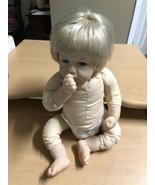 Lee Middleton Reva Baby Girl Doll Sucks Thumb 2002 Bland Blue Eyes 08040... - $36.12