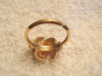 Avon Textured RIBBON BOW RING approx size 10 EUC VTG Gold Tone Figural  image 3