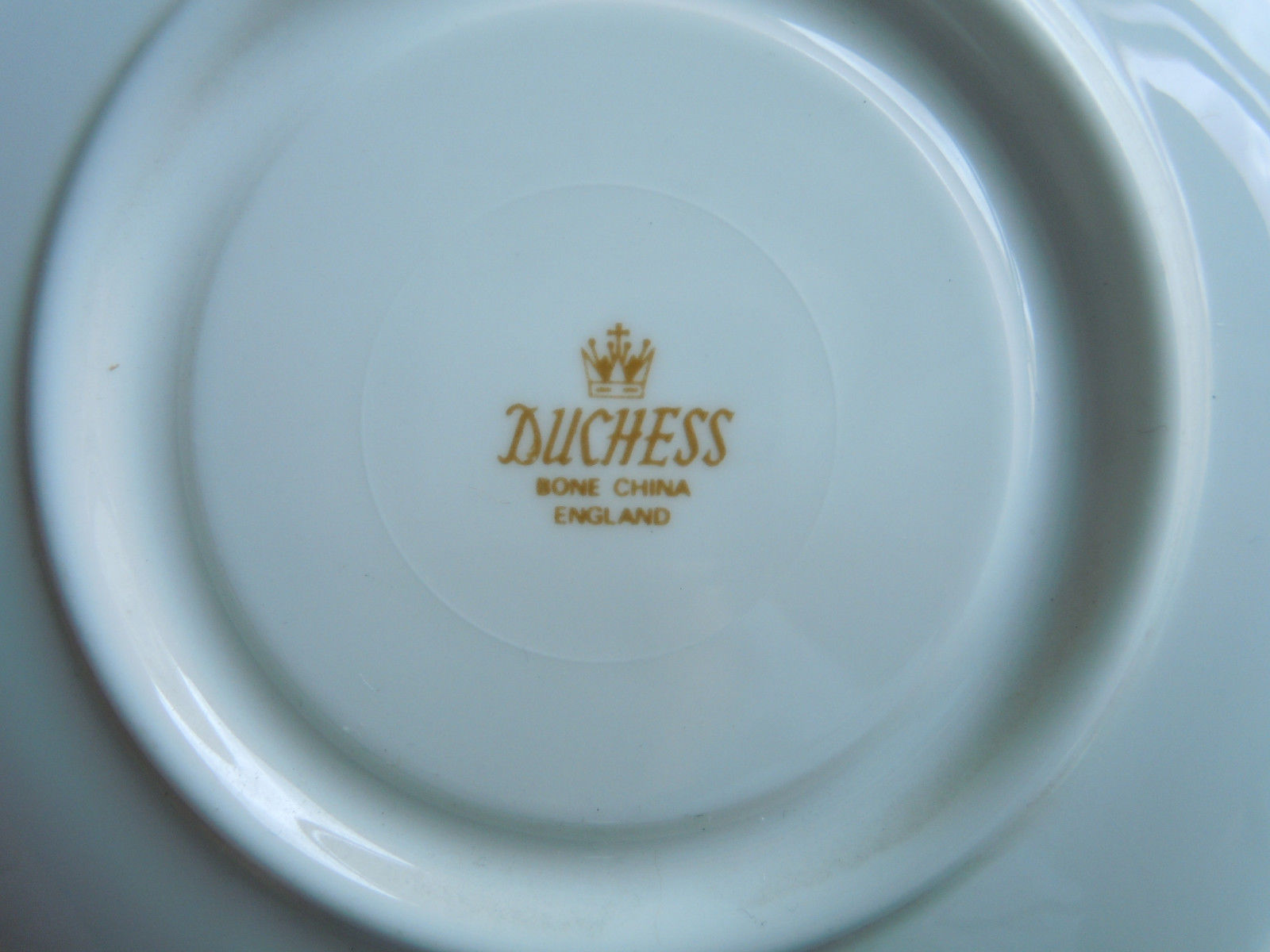 Duchess Flower of The Month November Cup and Saucer Set image 3