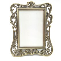 "Small Silver Metal 2""x3"" Photo Picture Frame Tabletop Vert. Filigree Scr... - $248,19 MXN"