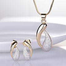 Women's Royal Jewelry Set Austrian Crystal Gold Stud Earrings + Pendant Necklace