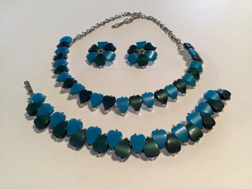 Aqua Blue Dk Green Lucite Hearts Choker Necklace Bracelet Clip Earrings Parure