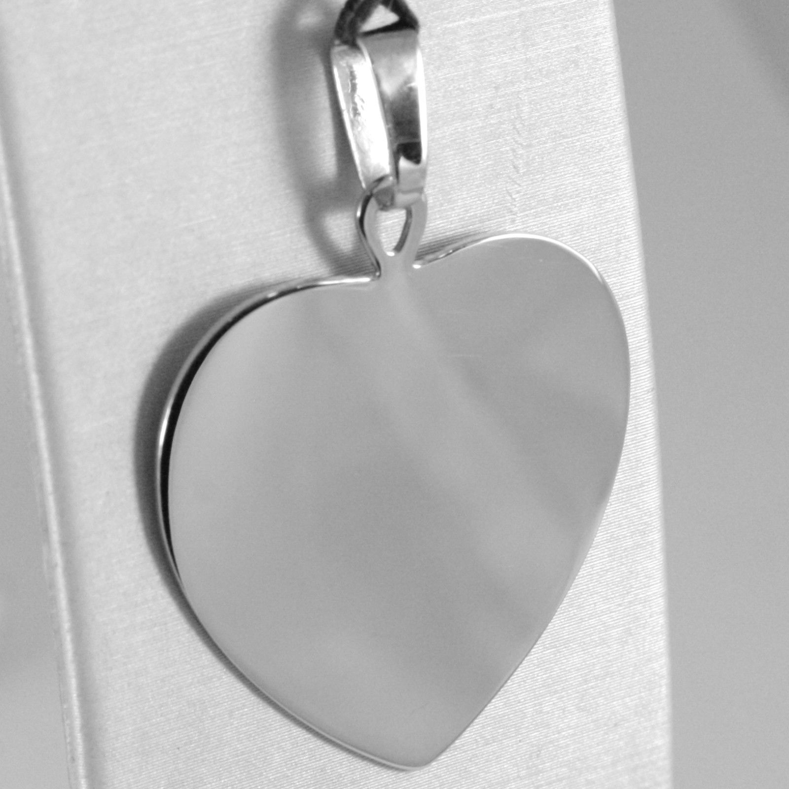 18K WHITE GOLD BIG HEART PHOTO & TEXT ENGRAVED PERSONALIZED PENDANT 30 MM MEDAL