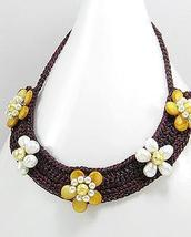 Cream Pearl Yellow Mother Of Pearl Flower Cotton Choker Necklace - £12.03 GBP