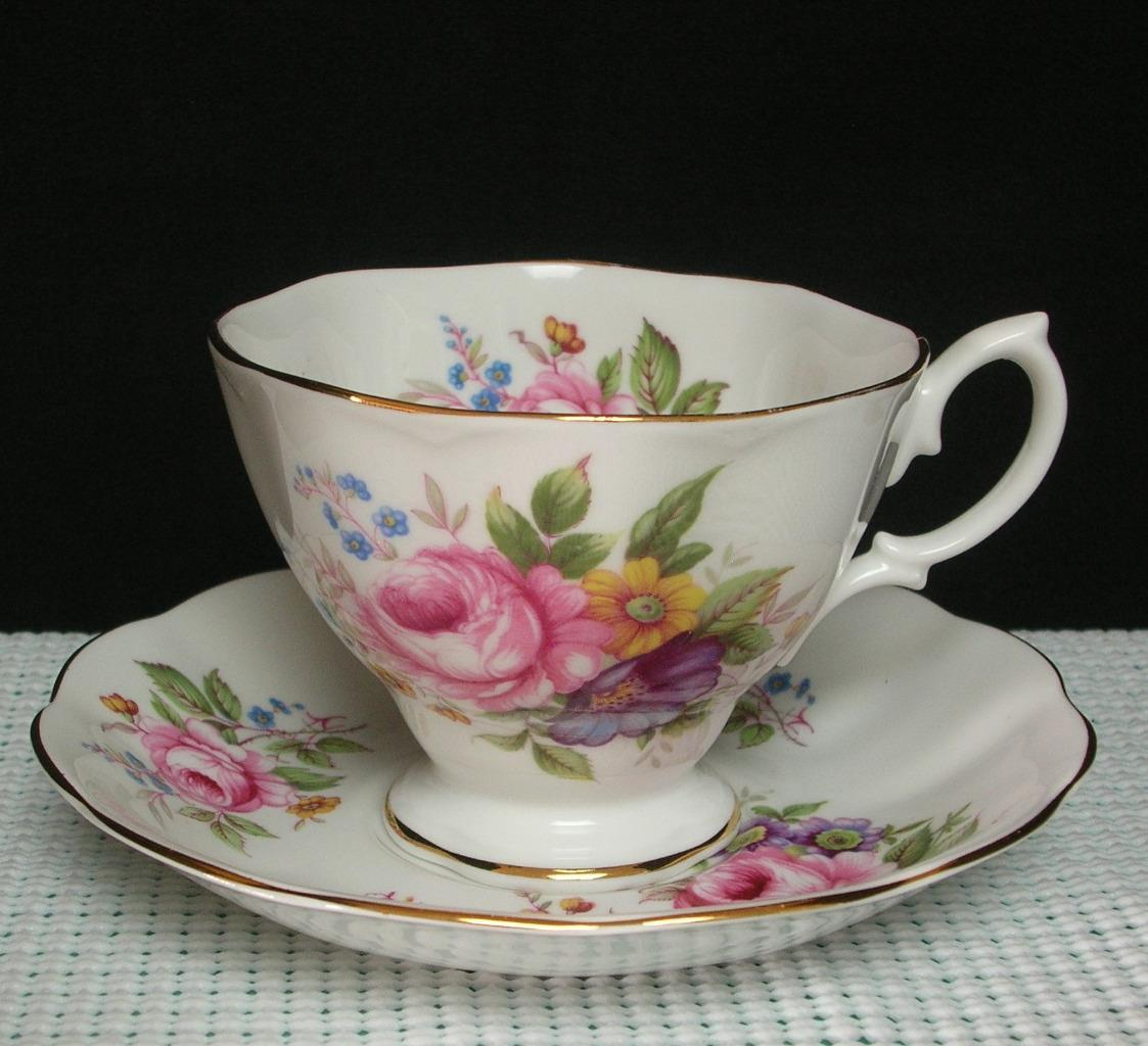 Primary image for PINK ROSE BOUQUET Royal Albert Bone China TEA CUP & SAUCER Embossed Edge England