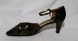 Soft Styles Hush Puppies Size 7W Brown Open Middle Slip On Pumps 2.5 IN Heels - $12.82