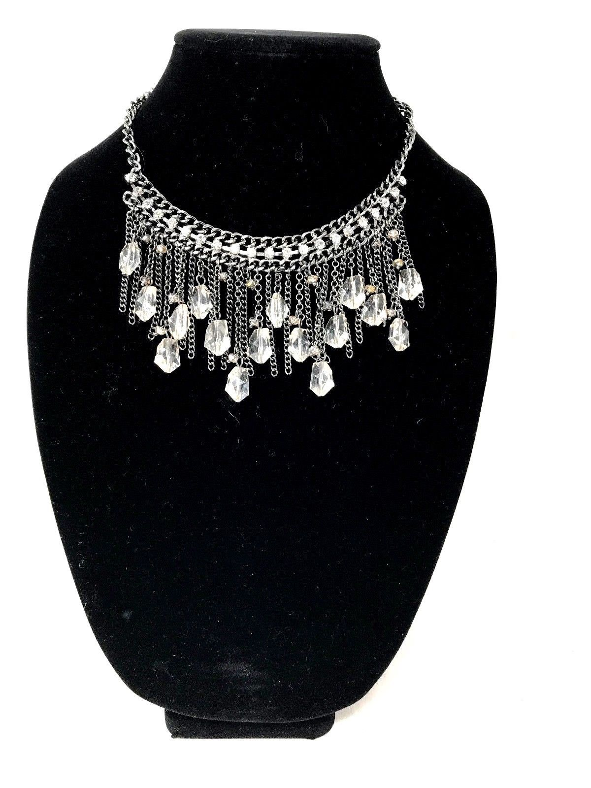 Primary image for Simply Vera Wang Bib Necklace New Without  Tags
