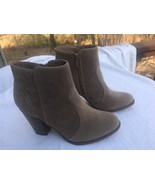 Breckelle's Women's Ankle Boots Tan Booties Size 9 Chunky Heel Faux Sued... - $25.73