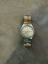 Vintage Kronotron antimagnetic watch wristwatch date Thailand band colle... - $9.99