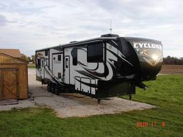 2015 Heartland CYCLONE 4100 KING For Sale InToy Hauler In Chrisman, IL 61924 image 1
