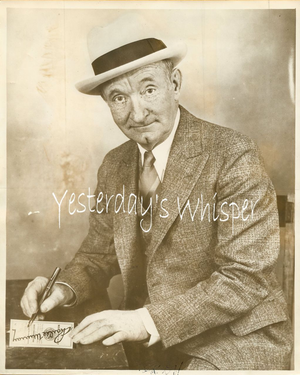 1920s Vintage Publicity Photo Charlie Murray signing K268