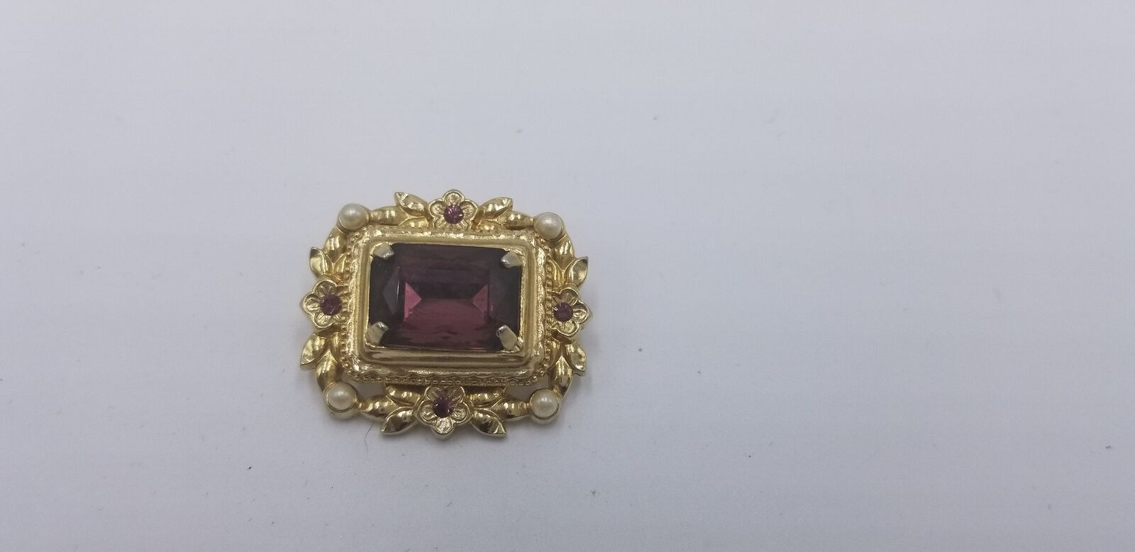 Vintage Signed Coro Gold Tone Pearl & Purple Stone Floral Pin / Brooch EUC