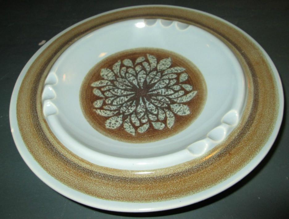 Franciscan Earthenware Nut Tree Pattern Dinner Plate