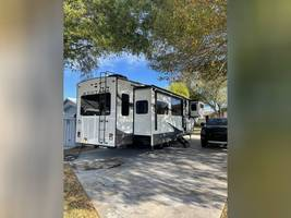 2020 KEYSTONE MONTANA 3781RL FOR SALE IN Middleburg, Fl 32068 image 2