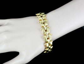 "Vintage Stunning Russian Gold Tone Heavy Chain Link Braclet 8"" - $53.99"