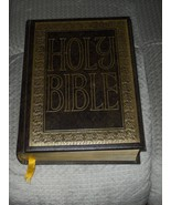 1968 HOLY BIBLE gold seal edition ROYAL PUBLISHERS master reference ILLU... - $45.99