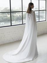 New Modern Modern Style Deep V Neck Sparkly Lace Trumpet Mermaid Wedding Dress w image 3