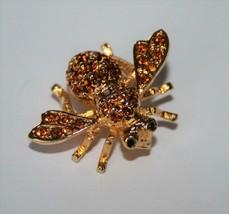Joan Rivers Signed Vintage Amber Crystal Bee Brooch Pin J320 - $26.00