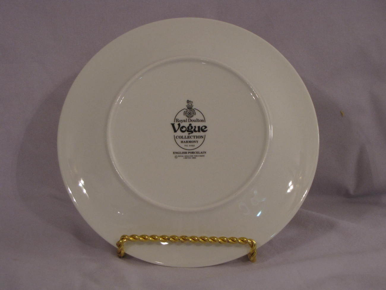 Royal Doulton Vogue Collection Harmony Salad Plate