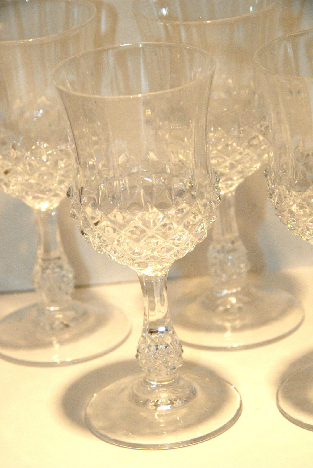 Primary image for CRYSTAL DIAMOND POINT CORDIAL WINE GLASSES SET (4) FOUR VGC CLEAR BRIGHT MINT