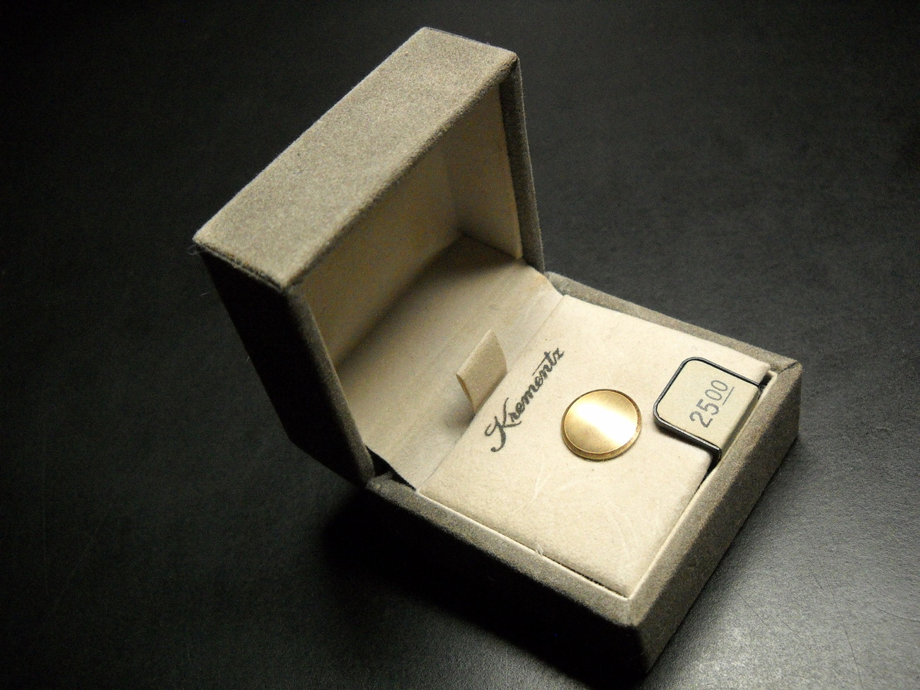Krementz Tie Tack Half Inch Diameter 14 KT Gold Round Original Presentation Box - $15.99