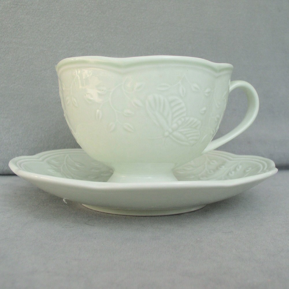 Sale Lenox Cup and Saucer Collectibles Two Sets