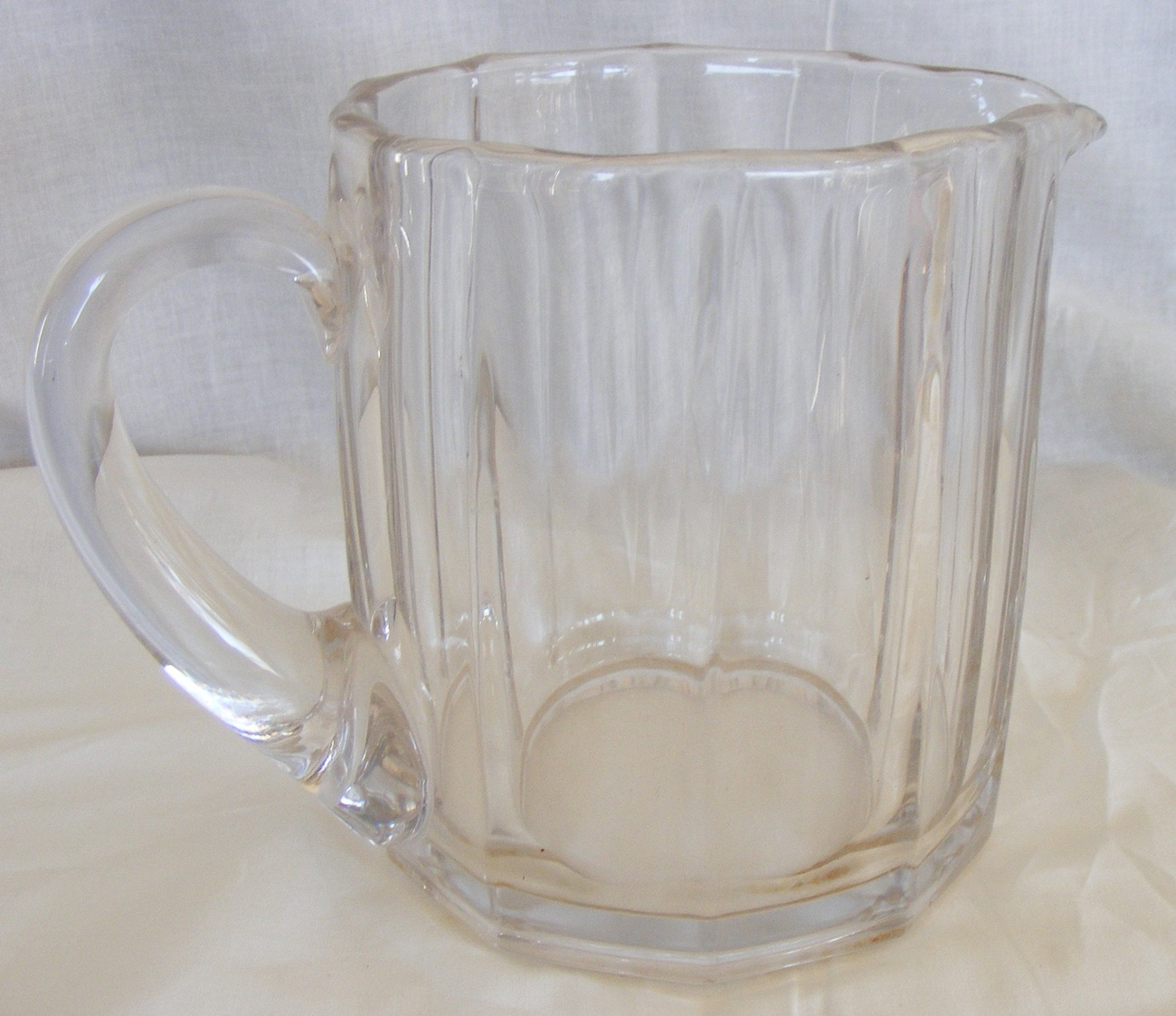 Heavy thick glass beer beverage vintage pitcher 1 quart