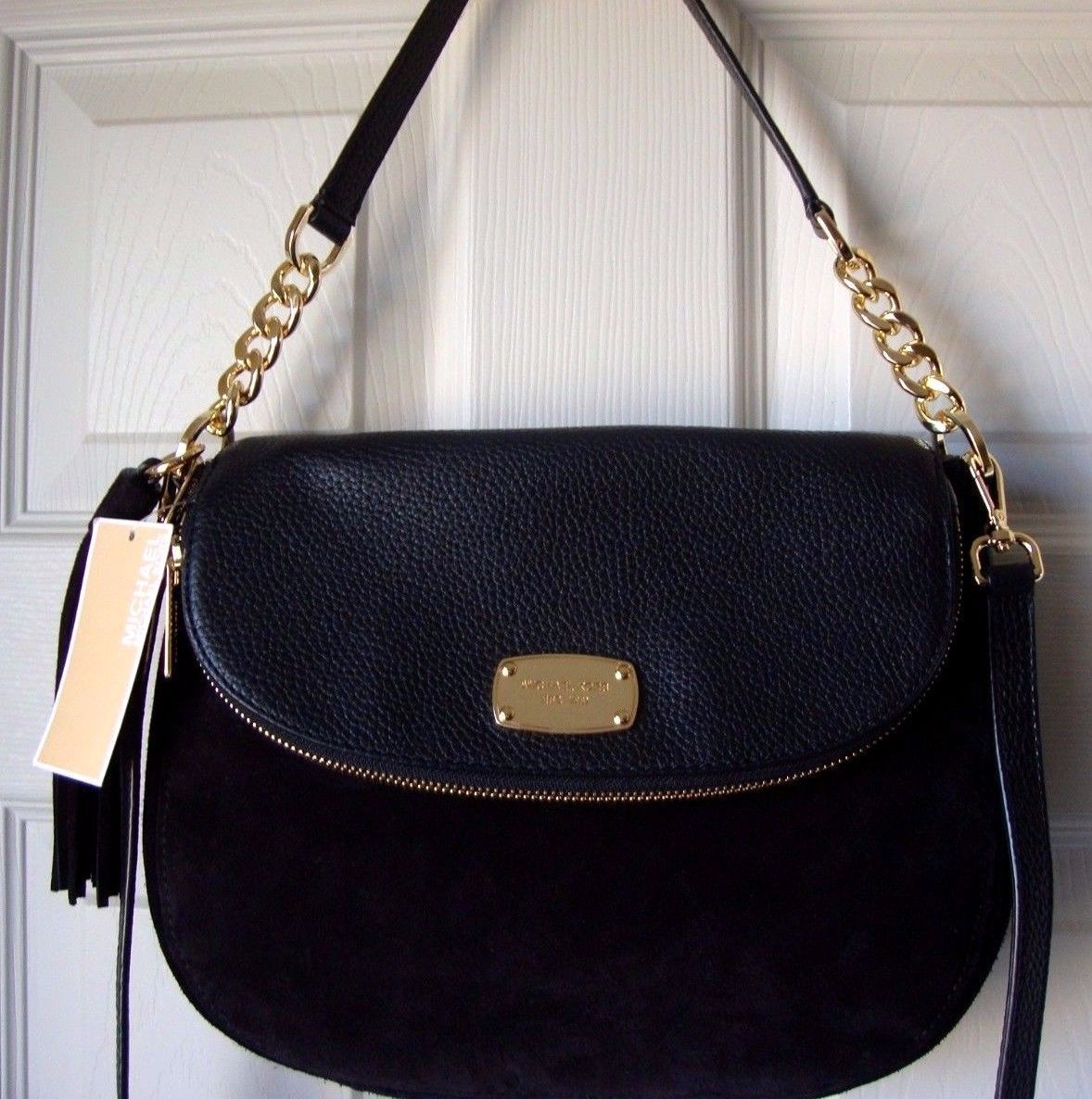 c1511f7ee917 S l1600. S l1600. Previous. New Michael Kors Women Bedford Tassel Medium  Convertible Shoulder Bag Black