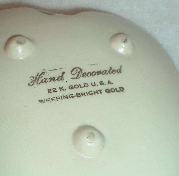 Vintage Weeping 22 kt Gold Leaf Dish