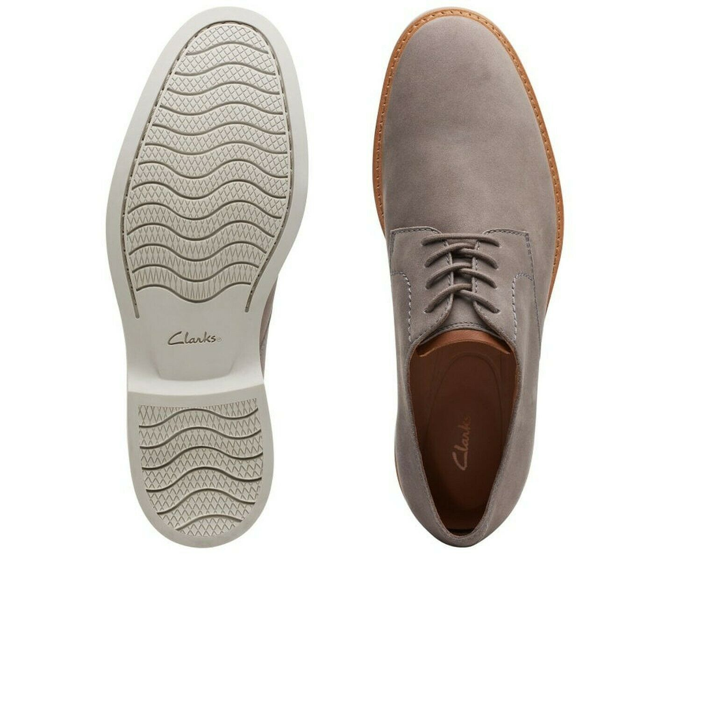 CLARKS Artisan Men's Atticus Lace Dress Shoes Oxford, Grey Nubuck, Size 9.5 D US