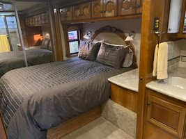 2008 Country Coach Intrigue 530 for sale by Owner - La quinta, CA 92253 image 4