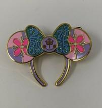 Disney It's A Small World Minnie Main Attraction MMA Ears LR Pin Trading - $14.01