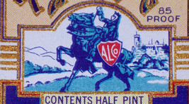 Royal Knight Dry Gin Label, 1/2 Pint, 1930's - $1.19