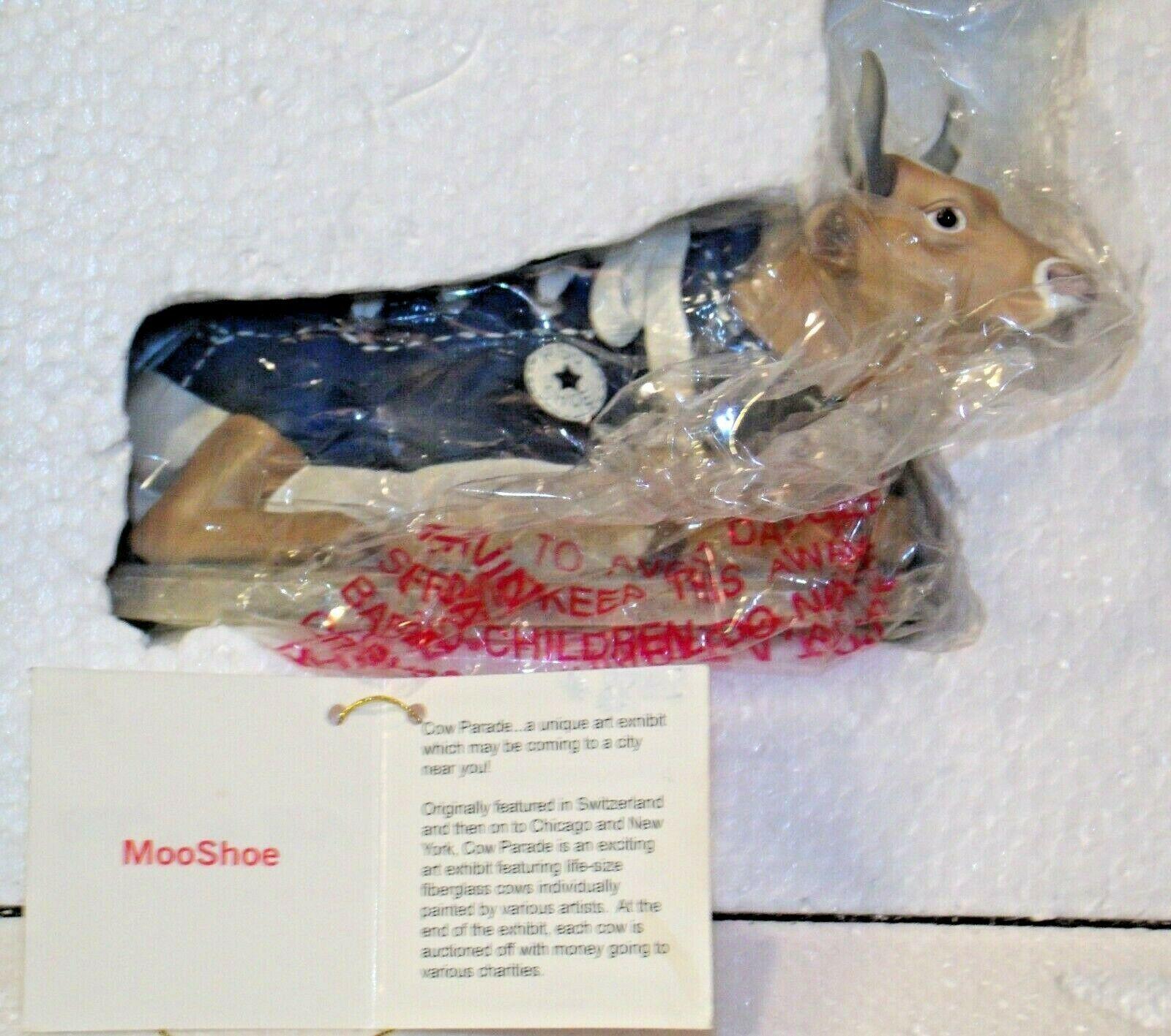 """CowParade """"MooShoe"""" Westland Giftware # 9125 AA-191918 Vintage Collectible"""