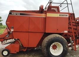 1990 Heston 4910 For Sale in Wessington, South Dakota 57381 image 1