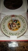 Lenox Holiday 2016 Annual Christmas Collector's Plate Santa's List New I... - $34.64