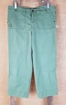Abercrombie & Fitch women's 4 low rise pockets cropped capri green pants - $12.82