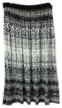 KENNETH COLE PRINTED BLACK AND WHITE SKIRT L - $17.60