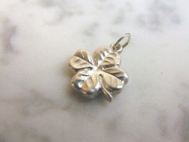 Womens Vintage Estate Sterling Silver Irish Four Leaf Clover Charm 1.5g ... - $14.99