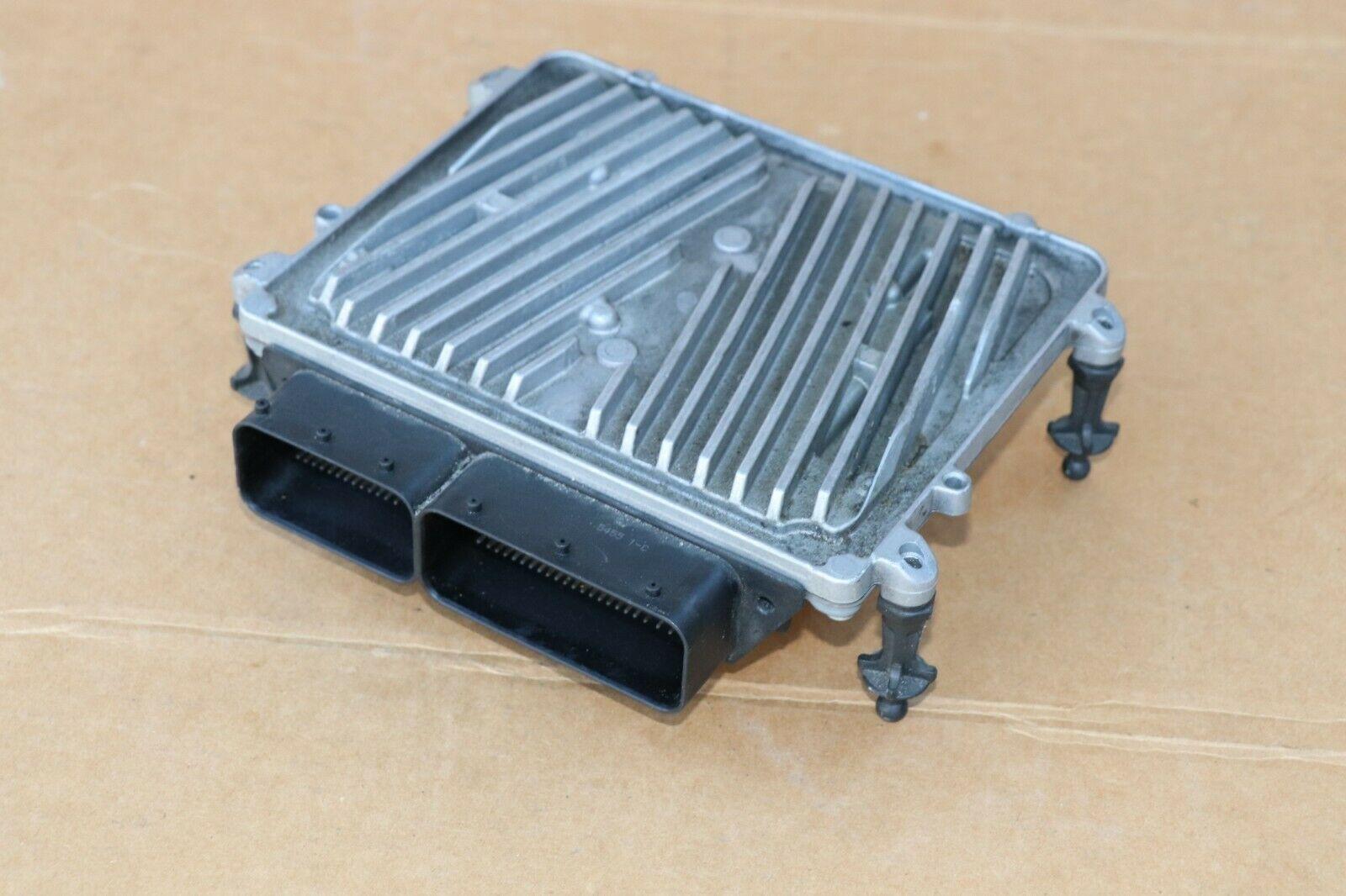 Mercedes Engine Control Unit Module ECU ECM A2721534479 A-272-153-44-79