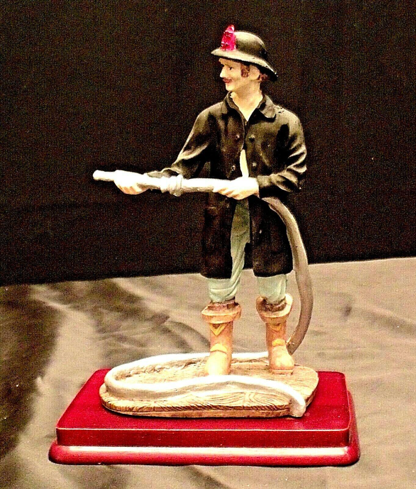Fireman Figurine AA20-2150 Vintage