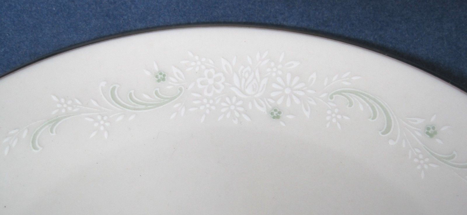 "Primary image for Noritake Pamela 1967 - 1973 Set of 6 Bread & Butter  Plates 6 3/8"" Silver Edge"
